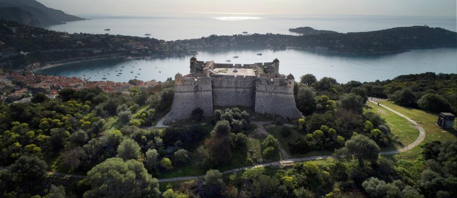 Pour 5 euros, le public est invité à découvrir le Mont-Alban qui offre un époustouflant panorama. Les rendez-vous commencent ce jeudi.