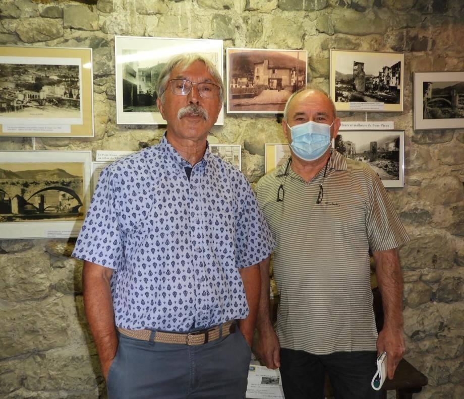 Jean-Louis Gallo, président du Cercle du patrimoine, et le maire Jean-Mario Lorenzi le jour de l'inauguration.