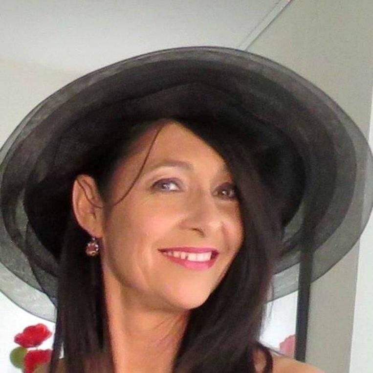 Monique Borrelli, issue d'une famille d'artistes, était une chanteuse lyrique reconnue.