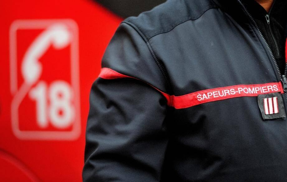 Quatre enfants sont décédés mardi dans un accident de la route impliquant cinq véhicules sur la RN2 à Laon (Aisne), celui dans lequel ils se trouvaient s'étant embrasé en quittant la chaussée