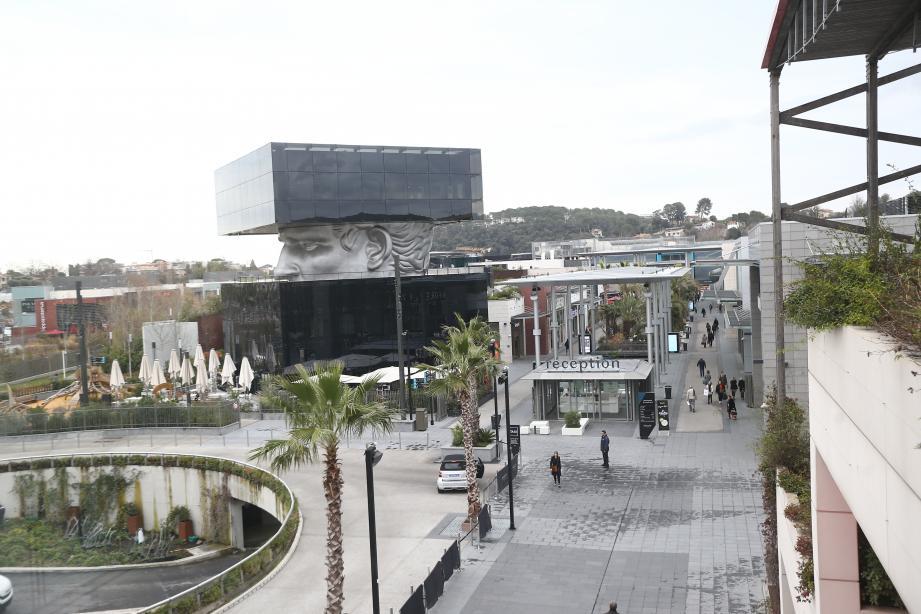 Le centre commercial à ciel ouvert souhaite élargir son offre.