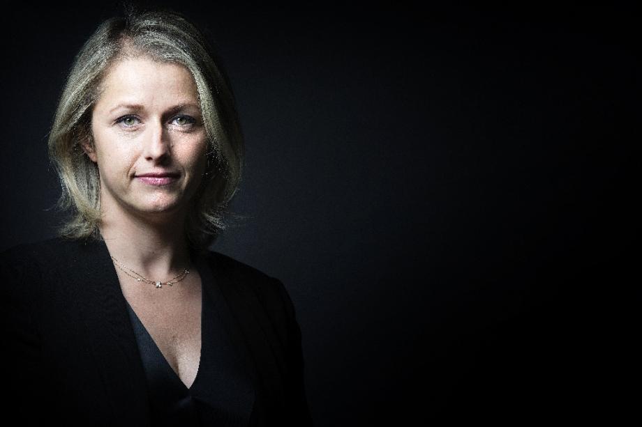 Barbara Pompili, nommée ministre de la Transition écologique, à Paris le 7 octobre 2015.