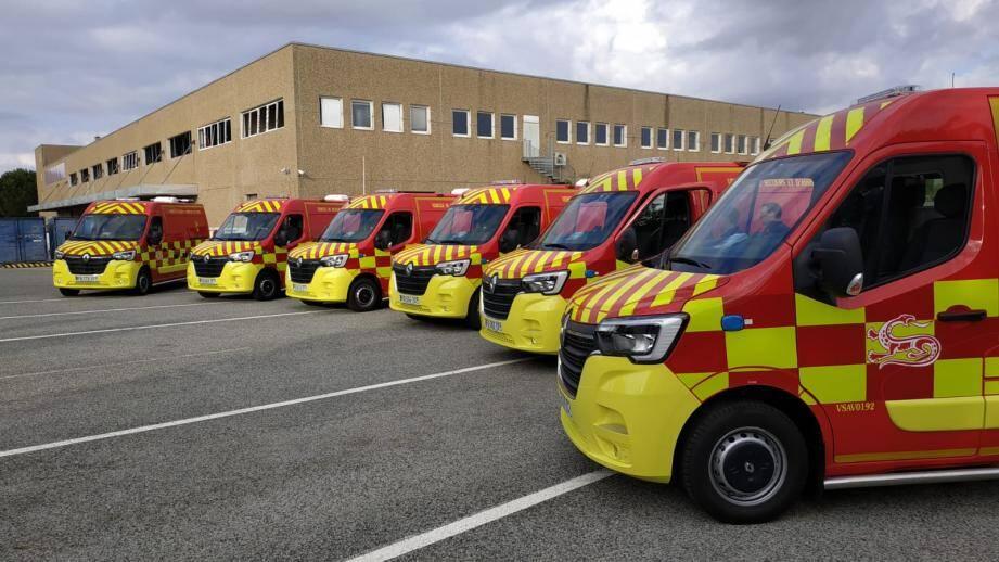 Les véhicule de secours et d'assistance aux victimes livrés jeudi matin.