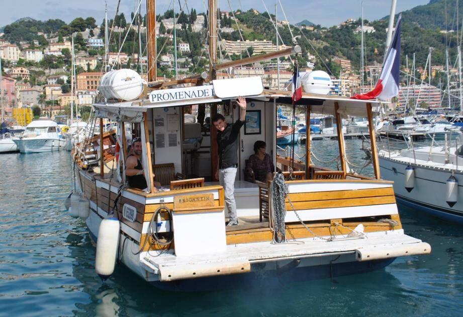 Dix ans que le Brigantin a débarqué au Vieux-Port de Menton.