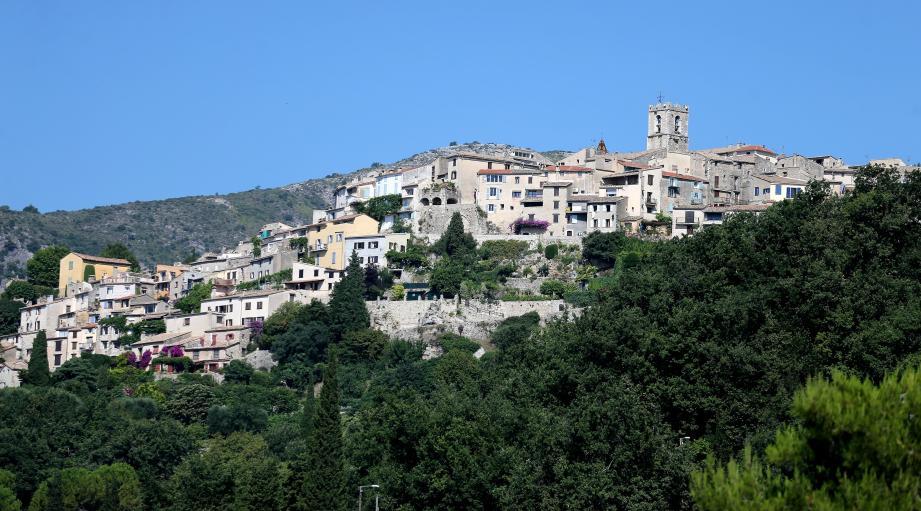 Vue sur le village de Saint-Jeannet