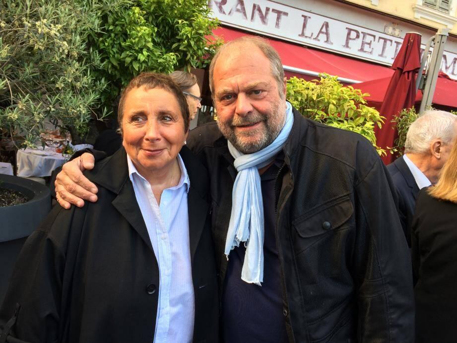 Eric Dupond-Moretti avec Nicole Rubi, la patronne du restaurant la Petite Maison à Nice, belle-mère d'un autre avocat célèbre Thierry Herzog.