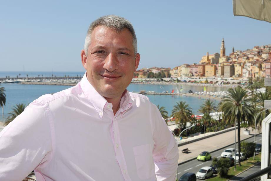 Matthew Likierman a succédé à Gilbert Cohen-Tanoudji à la tête du Rotary club de Menton.