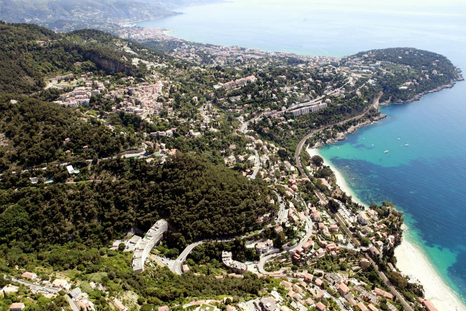 Vue aérienne de Roquebrune-Cap-Martin.