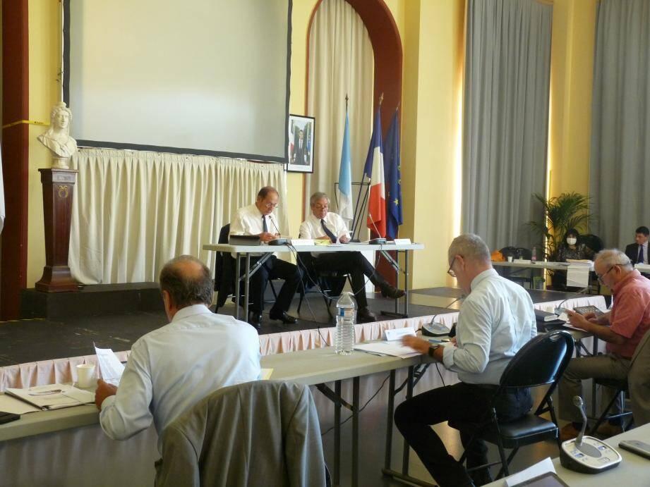 Le conseil communautaire s'est tenu au palais de l'Europe en raison des mesures sanitaires. Il se réunira de nouveau ce vendredi 31 juillet pour le vote du budget.