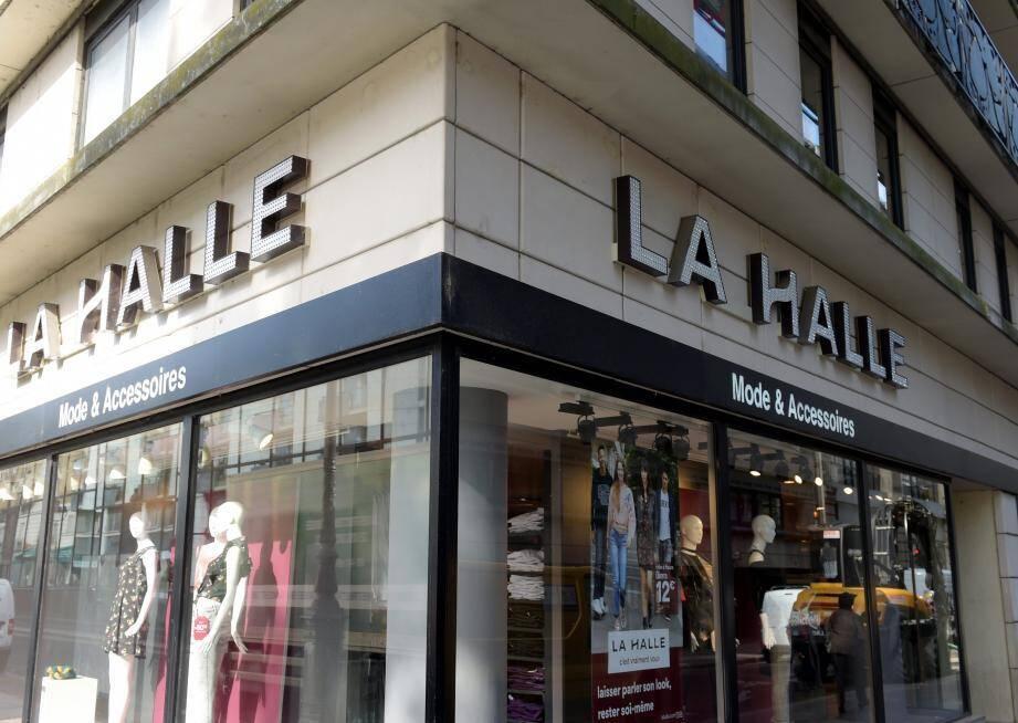 L'enseigne La Halle, forte de 6.000 salariés, va disparaître dans les jours qui viennent.