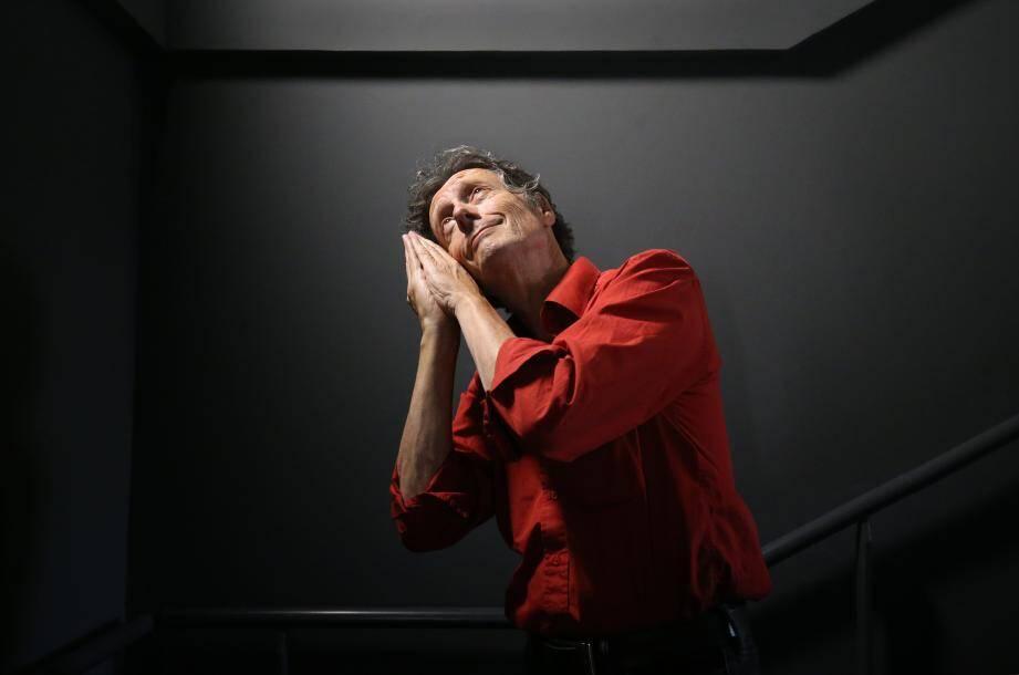Antoine de Maximy présente son film J'irai mourir dans les Carpates en avant-première à Nice au cinéma Pathé de la Gare du sud.