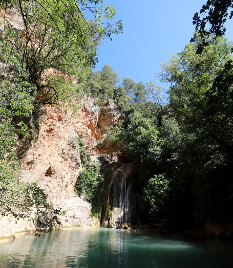 Plusieurs cascades sont à découvrir tout au long de la balade.