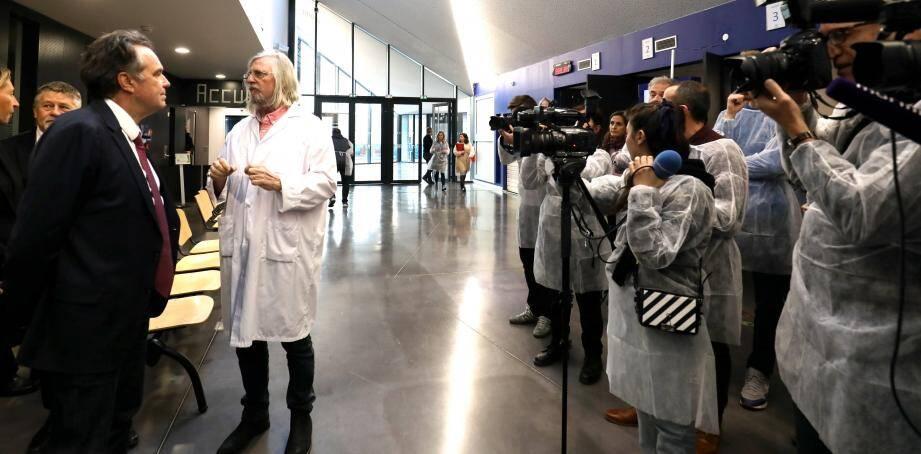Le professeur Raoult à l'institut hospitalo universitaire méditerranéen, à Marseille.