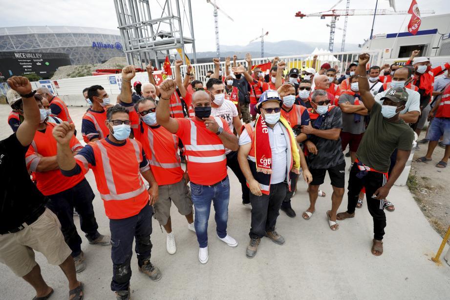 Les ouvriers du chantier ont reprise me travail ce jeudi.