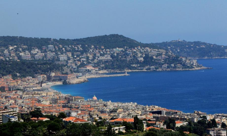 Le fugitif a été localisé et interpellé à Nice.