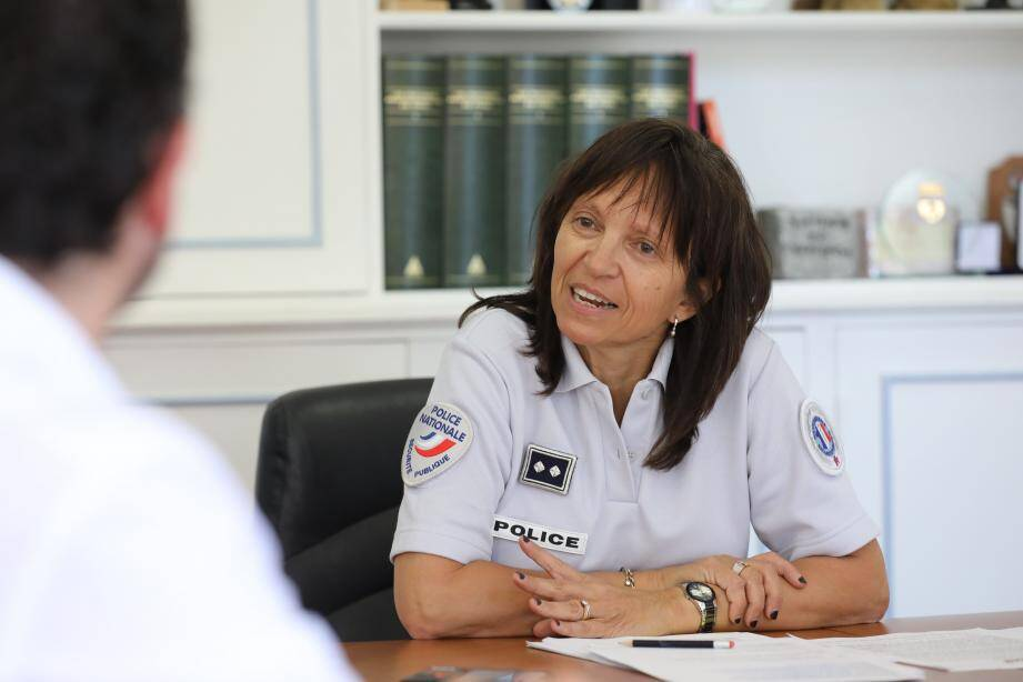 Le contrôleur général Nadine Le Calonnec, ce mercredi après-midi à Nice, au siège de la direction départementale de la sécurité publique des Alpes-Maritimes.