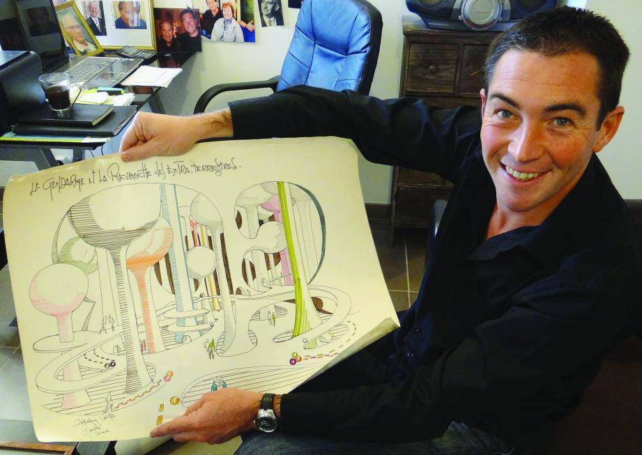 Stephan Guérard avec un projet de décor signé Sydney Bettex.