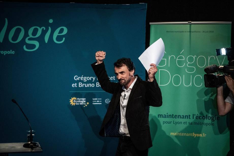 Grégory Doucet, cadre humanitaire de 46 ans, est devenu samedi 4 juillet le premier maire écologiste à diriger la mairie de Lyon