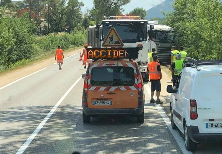 L'accident s'est produit sur la RD 43 non loin du collège Pierre-Gassendi.