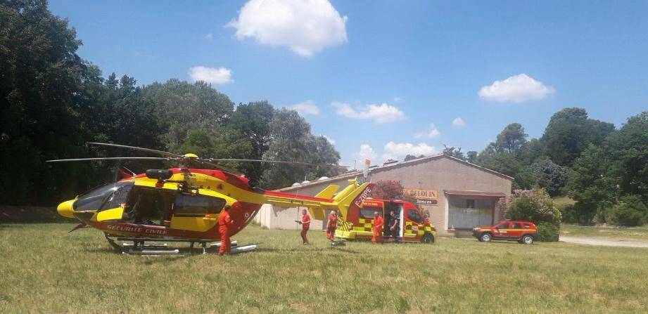 Le garçon, âgé de cinq ans, a été évacué par l'hélicoptère Dragon83 vers l'hôpital Lenval, à Nice,.