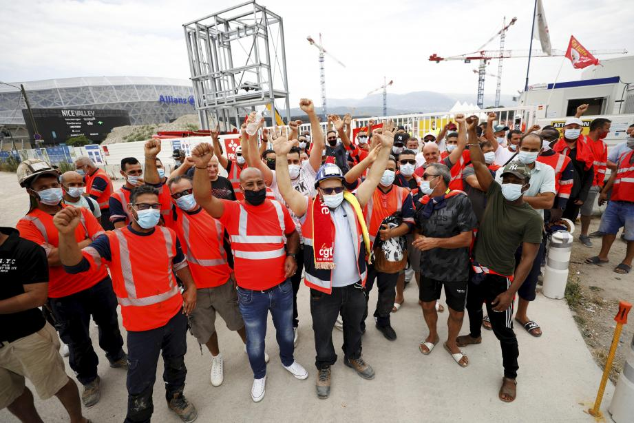 """130 ouvriers du chantier d'Ikea à Nice se sont mis en grève """"illimitée"""" ce mardi."""