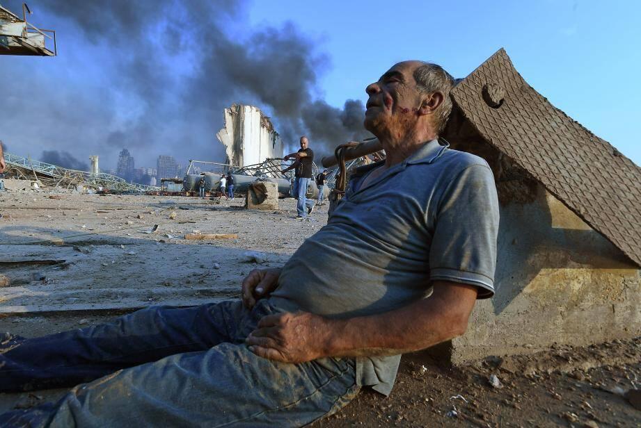 Le bilan provisoire donné par la Croix-Rouge Libanaise fait état de plus de 100 morts et de 4.000 blessés.