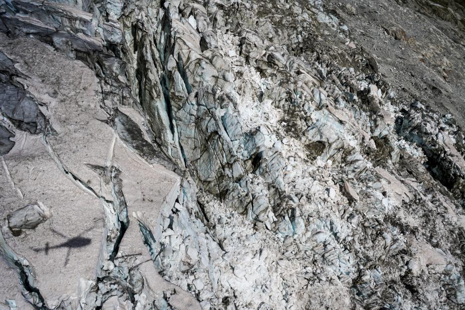 Situation en légère amélioration au glacier italien du Planpincieux — Mont Blanc