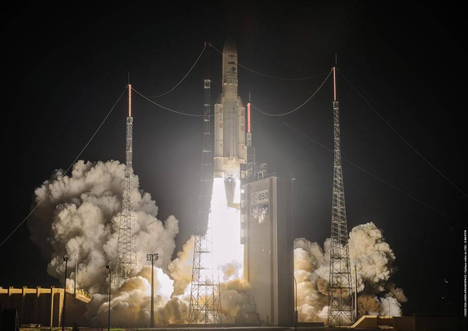 Retour en vol réussi pour la fusée Ariane 5 — Kourou