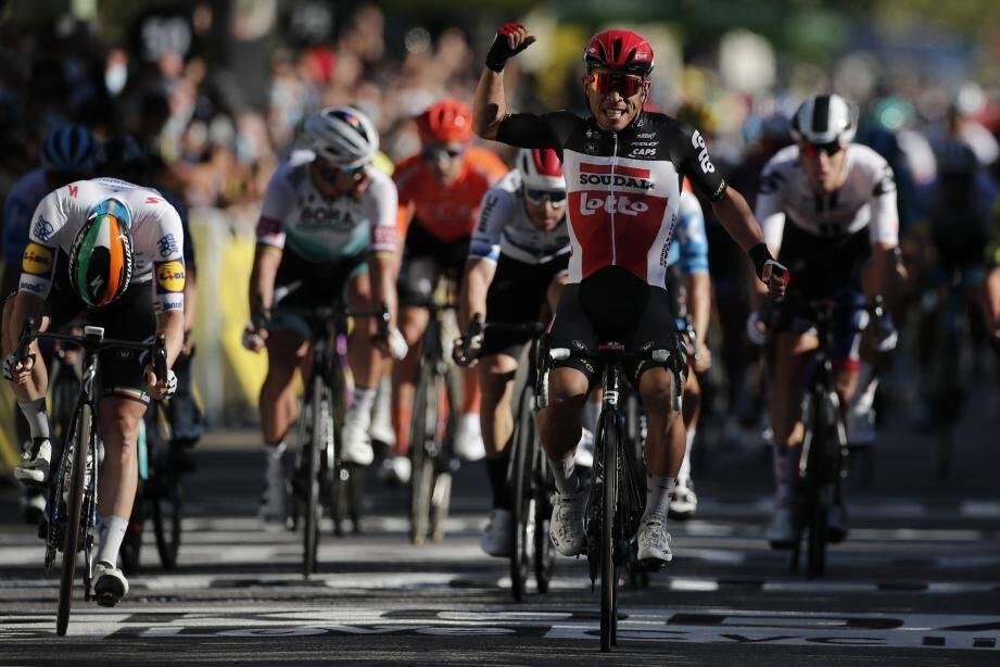 Caleb Ewan s'impose au sprint à Sisteron lors de cette 3e étape du Tour de France.