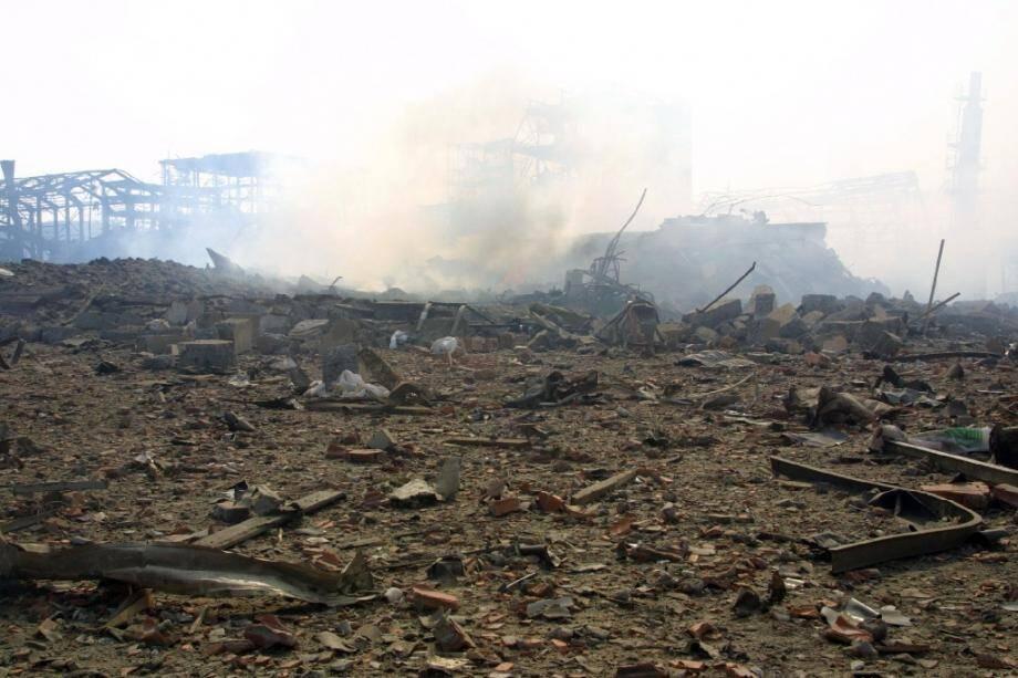 L'usine AZF, le 21 septembre 2001, à Toulouse, peu après l'explosion.