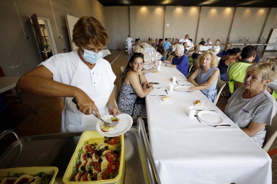 Un premier déjeuner a été servi dans la salle polyvalente, pour tester les lieux avant la rentrée.