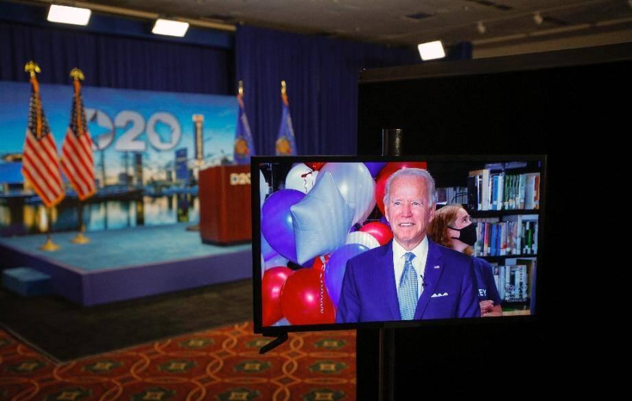 Joe Biden apparaît à l'écran de la Convention après avoir été officiellement investi candidat à la présidence par son parti, le 18 août 2020