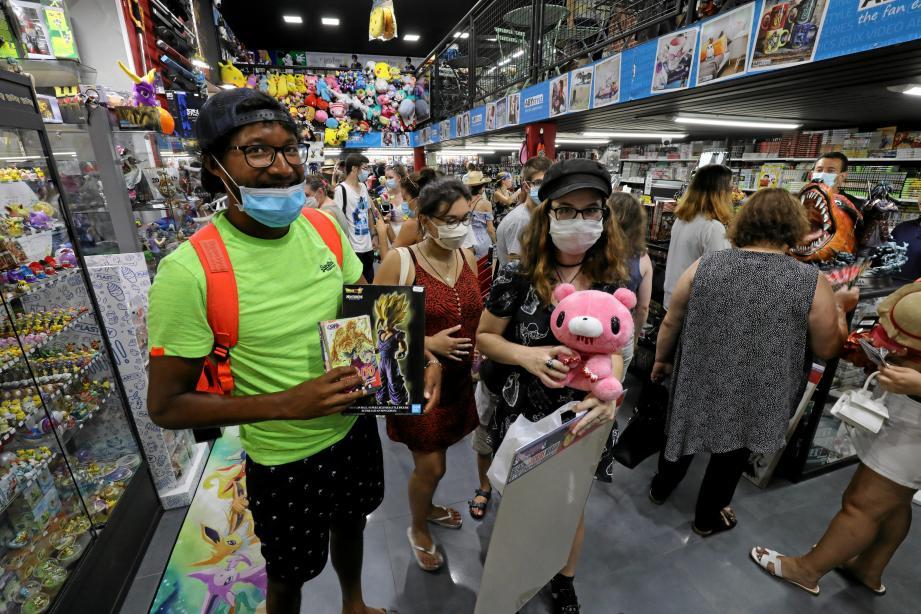 Des centaines de fans de manga se sont ruées sur la nouvelle boutique qui a ouvert, hier matin, dans le centre de Nice.