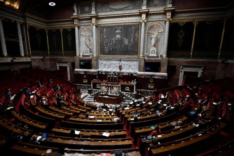 Dernière ligne droite pour le réexamen du projet de loi bioéthique par l'Assemblée: les députés devaient à nouveau adopter vendredi soir ce texte ouvrant la PMA à toutes les femmes