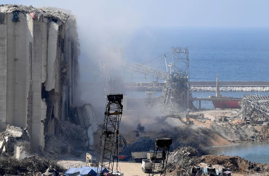 Le port de Beyrouth ravagé, au Liban, le 14 août 2020