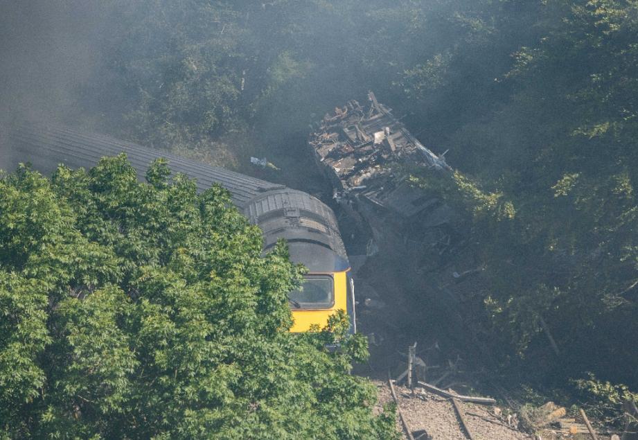 Les wagons qui ont déraillé près de Stonehaven (nord-est de l'Ecosse), le 12 aout 2020