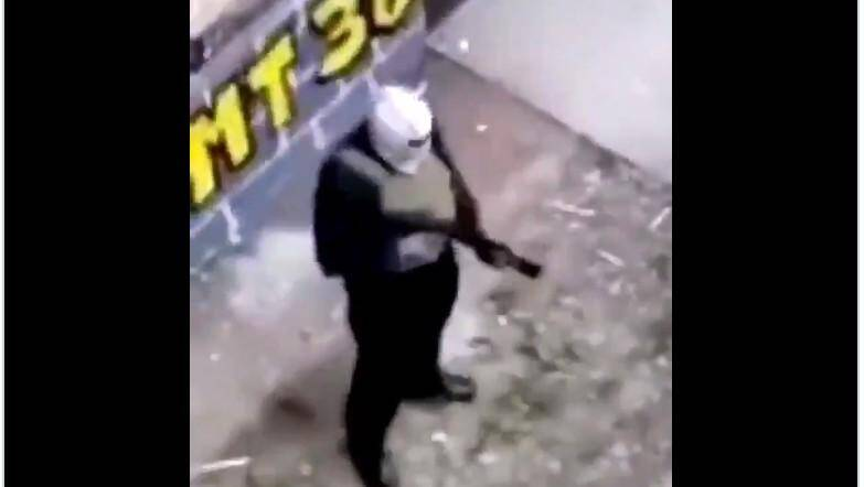 Darmanin opte pour la méthode forte — Dealers armés
