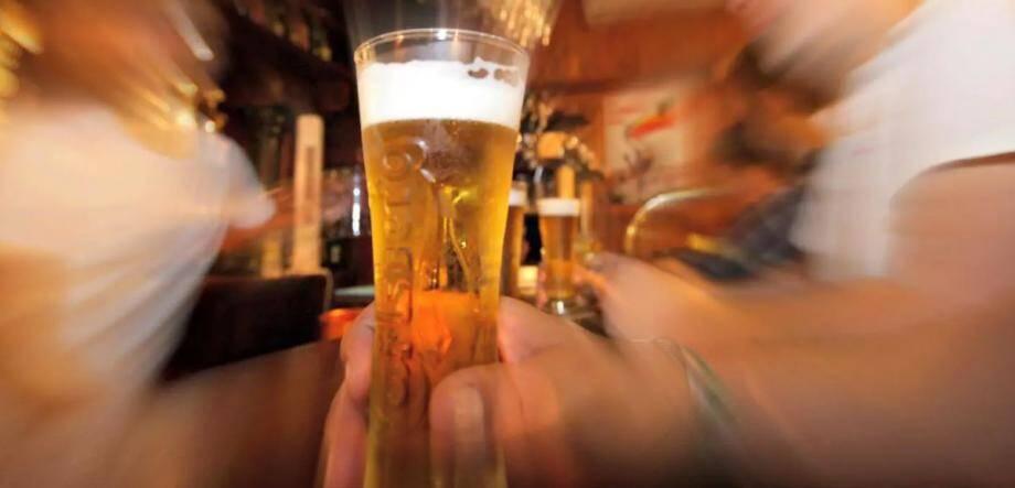 """""""Il a ingurgité sept litres de bière et se trouve en récidive."""""""