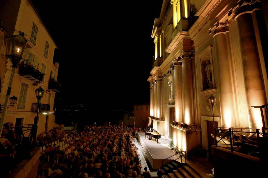 Le Festival de musique a pu être sauvé du Covid et accueille la violoniste russe Alina Ibragimova et le pianiste français Cédric Tiberghien, ce soir en ouverture.