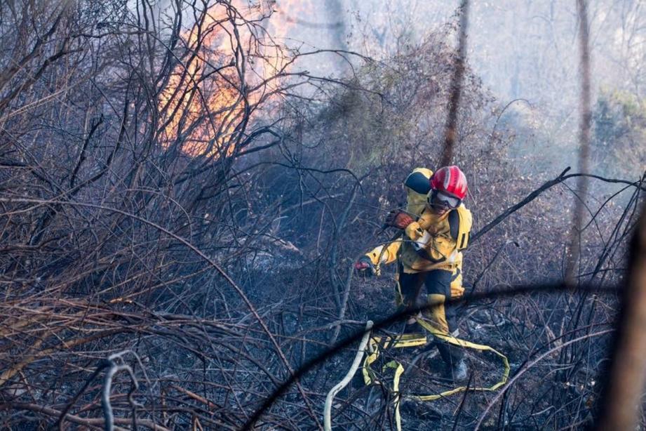 Illustration pompier en intervention.