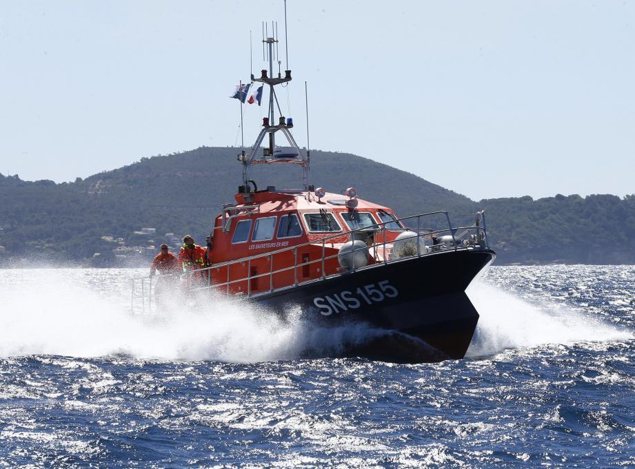 Illustration: le Crossmed en intervention en Méditerranée.