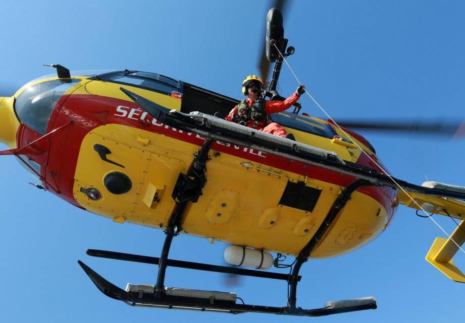 La victime a été héliportée par Dragon 06 à l'hôpital Pasteur II à Nice.