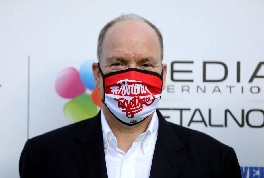 Le prince Albert II évoquera ce vendredi avec son gouvernement la possibilité d'étendre l'obligation de porter le masque dans l'espace public.