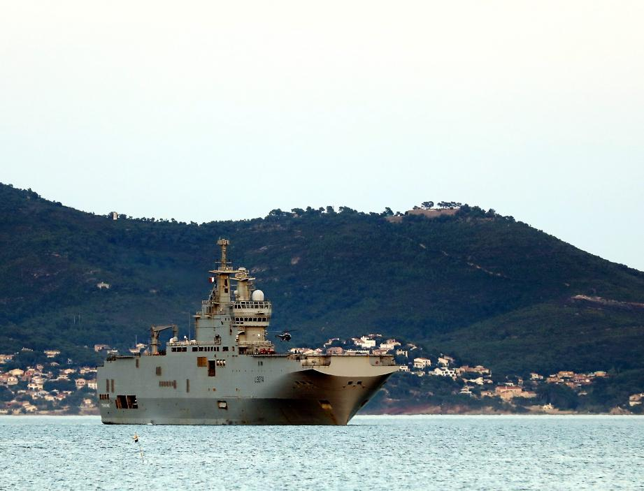 Le porte-hélicoptère Tonnerre quitte Toulon pour prêter main forte au Liban le 9 août 2020.