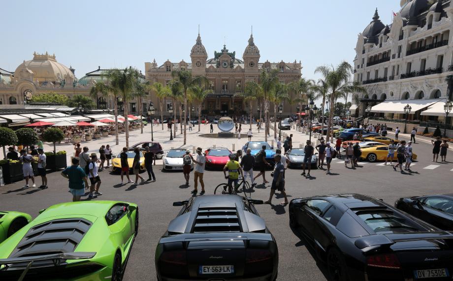 De 10 à 16heures, les Lamborghini ont offert un spectacle automobile aux visiteurs.