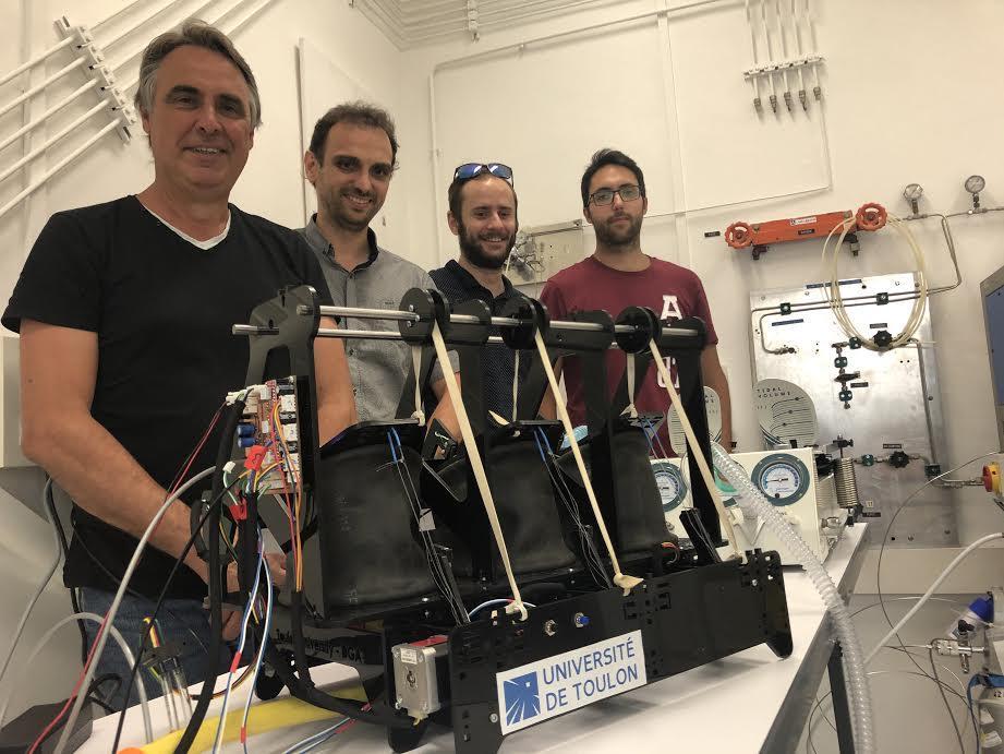 Spécialistes de robotique et de systèmes électroniques, quatre enseignants-chercheurs de l'université ont profité du confinement pour concevoir un respirateur abordable financièrement aux pays émergents.