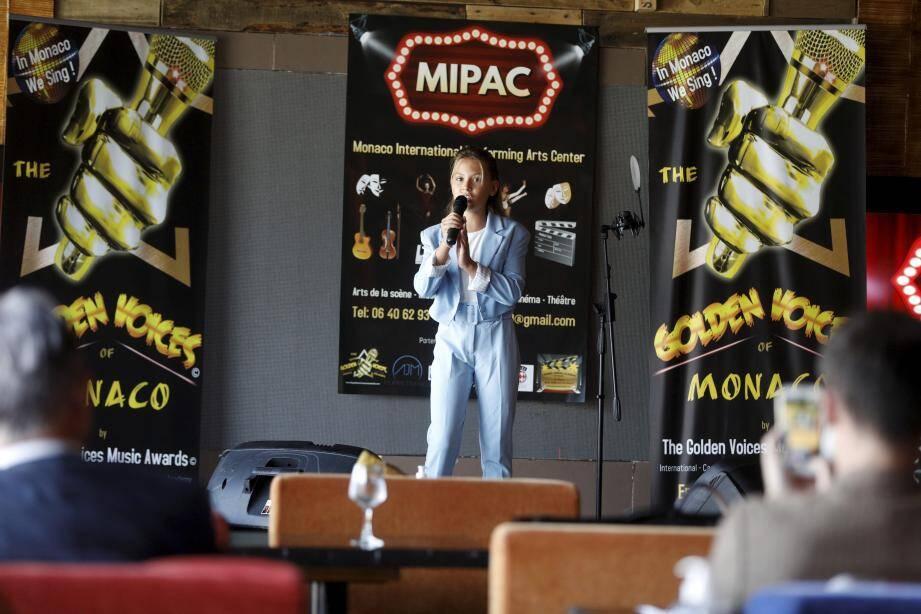 C'est autour de la jeune chanteuse Sami Amato Marsan que s'est montée l'association Mipac.