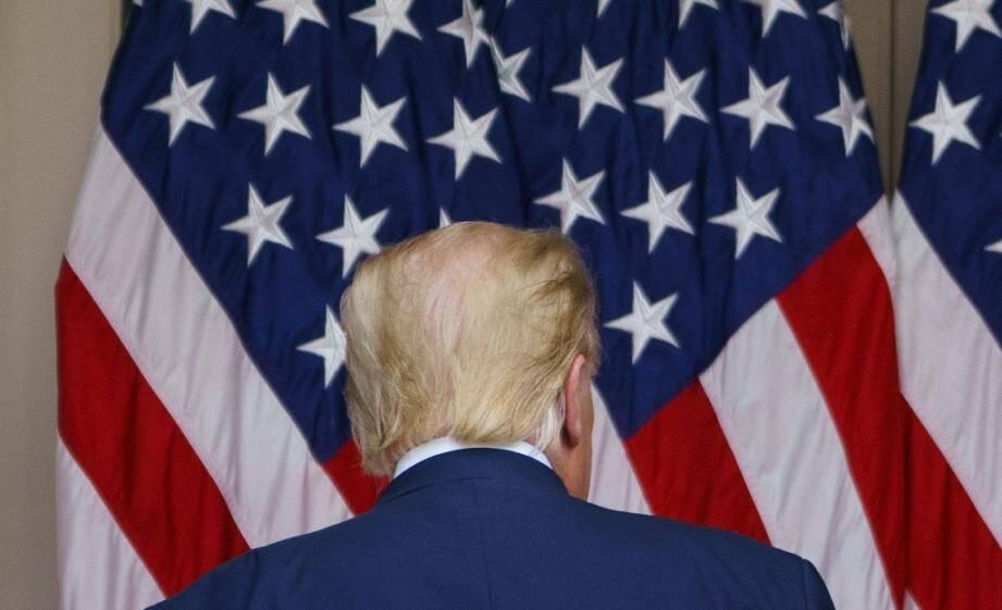 Le président américain Donald Trump est au coude à coude avec le candidat démocrate Joe Biden à la veille du scrutin.