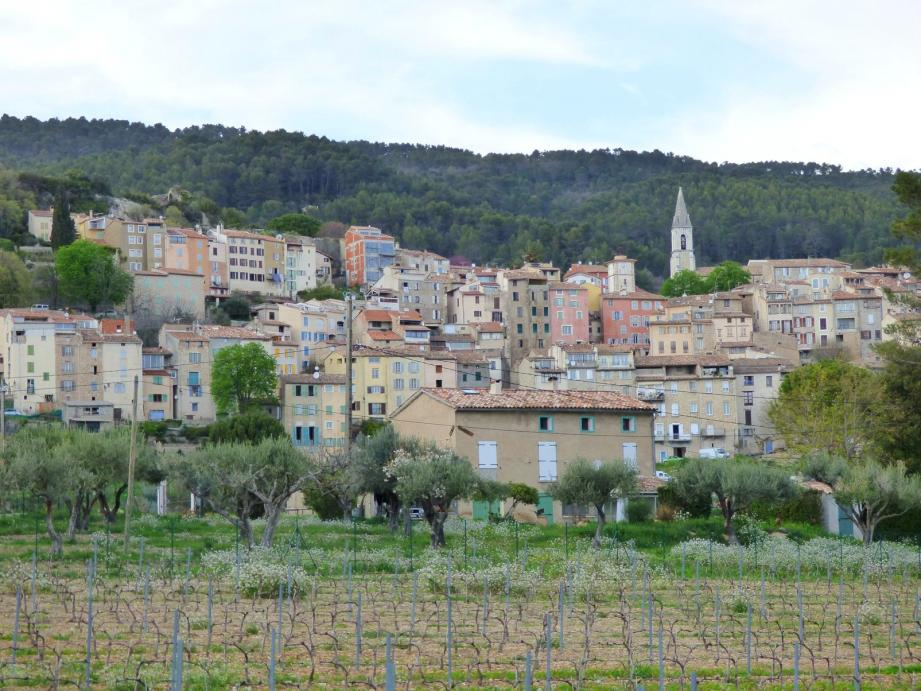 Le village de Callas.