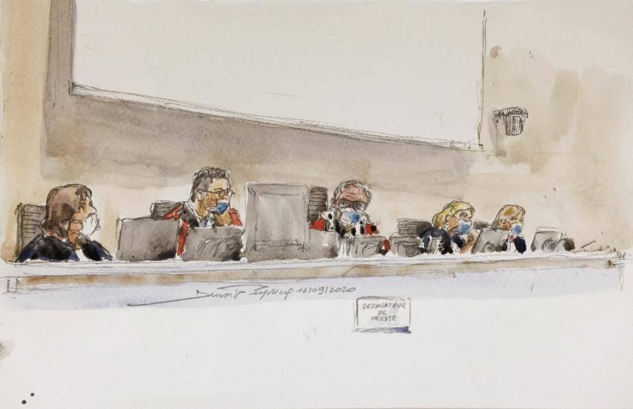 Croquis d'audience du 16 septembre 2020 montrant la cour au tribunal de Paris durant le procès des attentats de janvier 2015